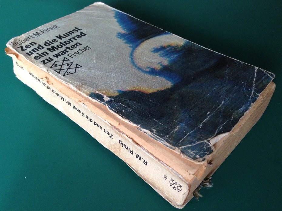 Buch außen